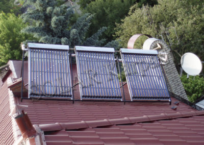 Система горячего водоснабжения и поддержания тепла (3 солнечных коллектора), г. Ужгород
