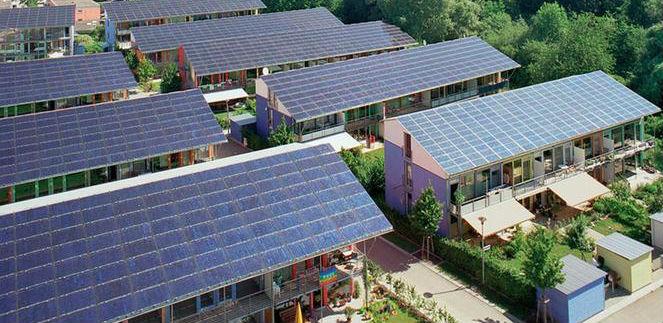 Новый закон в США: Обязательная установка солнечных батарей в новых домах